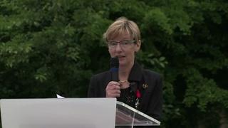 Remise de la Légion d'Honneur à Ghislaine Joly-Blanchard